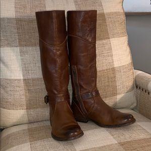 EUC FRYE Phillip Boots Sz 7.5 - Chestnut Brown